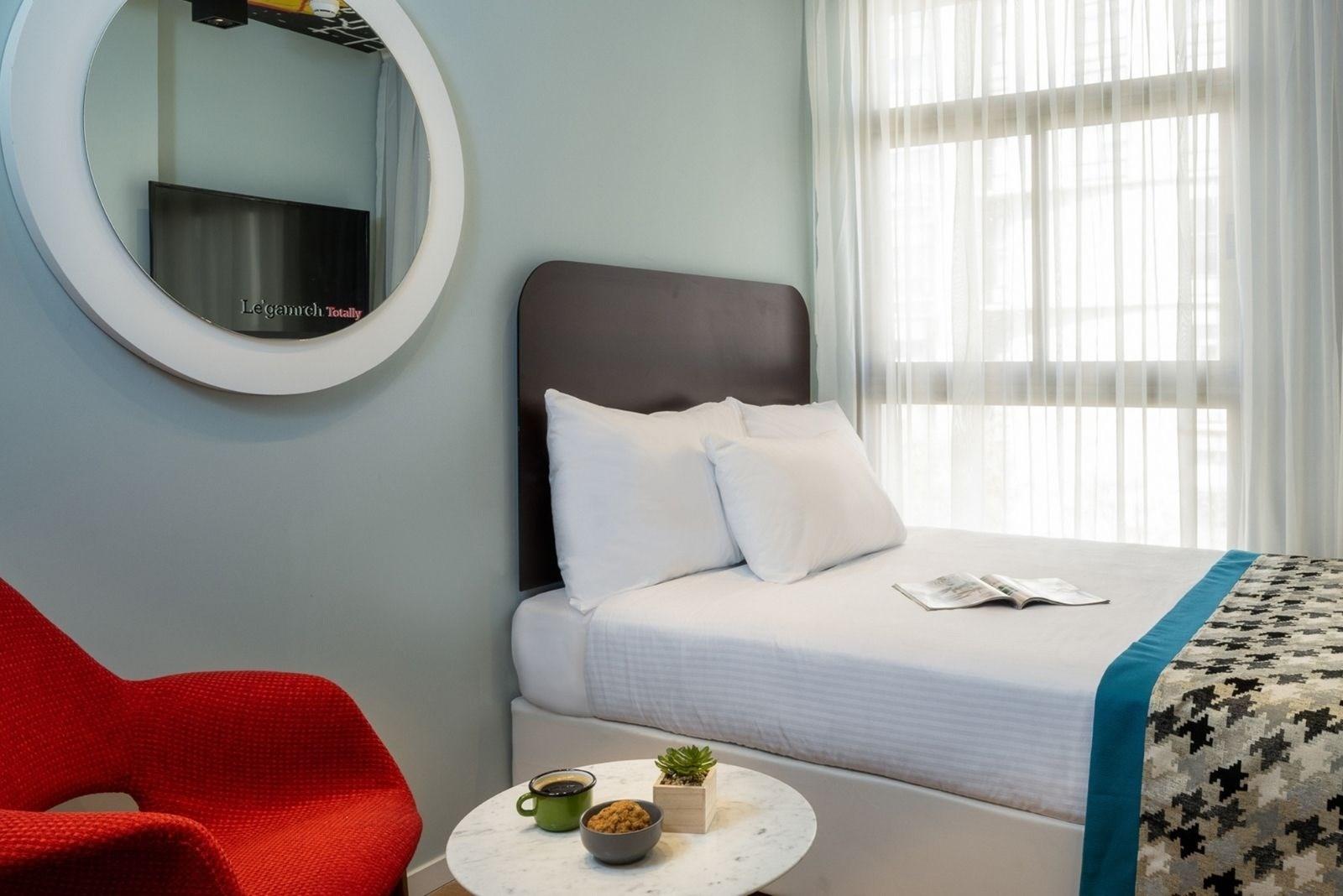 מלון הוטל 75 תל אביב